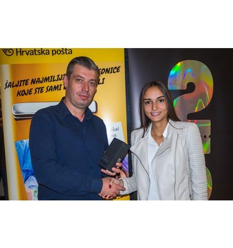 Uručena glavna nagrada u nagradnoj igri epostcarda